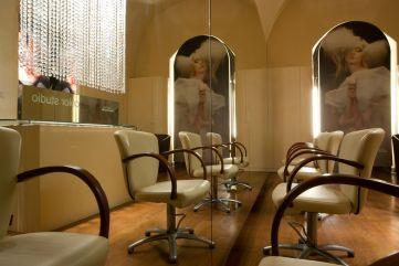 Salon Roman